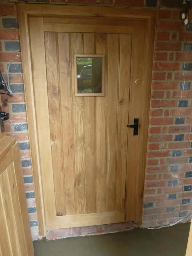 Oak doors oak door for Oak front doors